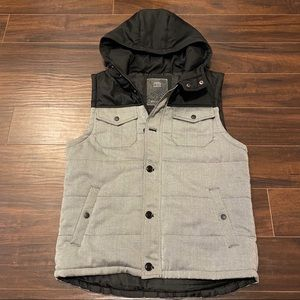21 Men Padded Vest with Hood Large